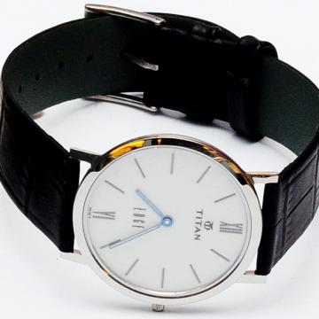 Đồng hồ thời trang cao cấp Titan 679SL01R