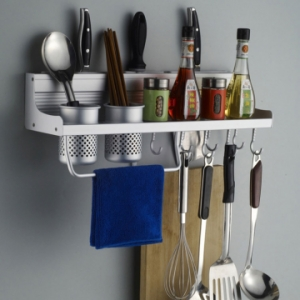 Giá để đồ trong phòng bếp